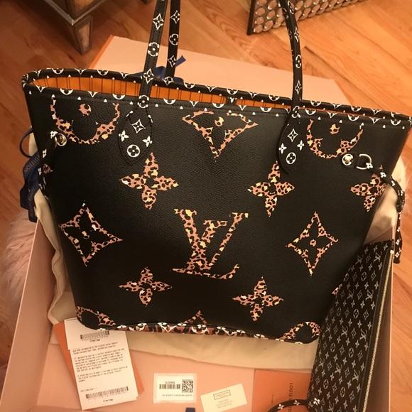 Louis Vuitton Handbags - Sold😭💕Louis Vuitton Limited Edition NF mm